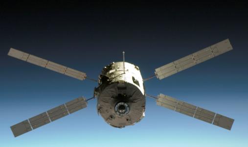 ATV na tle ziemskiej atmosfery